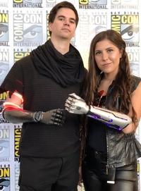 Bravo jeunes gens ! Ils assurent avec leurs avant-bras bioniques !