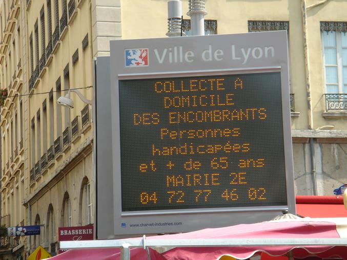La ville de Lyon vous aide à vous débarrasser des vieux encombrants.