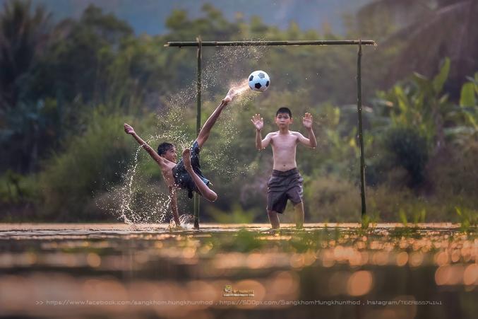 La relève est assurée. Photo de Sangkhom Hungkhunthod.