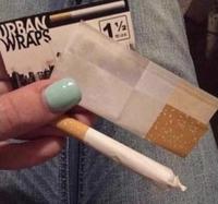 """""""Non monsieur l'agent, c'est une cigarette"""""""