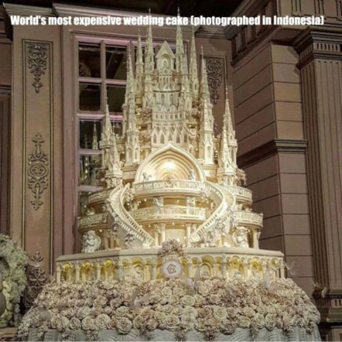 Le Gâteau De Mariage Le Plus Cher Du Monde