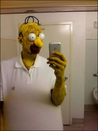 Cosplay Homer Simpson
