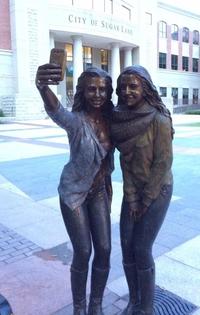 Nouvelle culture, nouvelles statues
