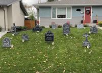 Déco Halloween en Petite pique envers les antivax