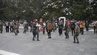 Danse des femmes militaires, Beijing