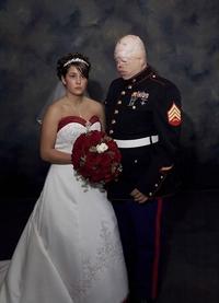 Ils ont divorcé environ un an plus tard...
