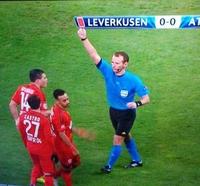 Carton rouge !