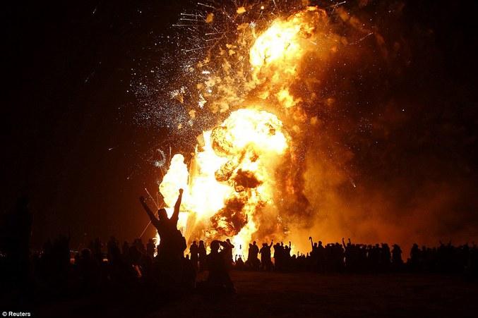 (Normal, c'est Burning Man...)
