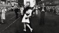 Le célèbre baiser de la Victoire au Madison square garden de New-York