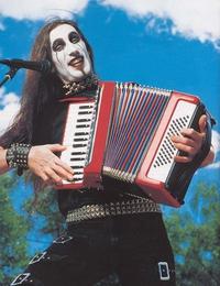 Kan t'aime le métal mais que il n'y avait qu'acordéon au cours de musique de ton village
