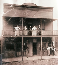 Jennie Bauter's place dans le Far West en 1898