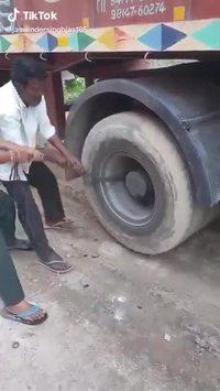 Démarrer un camion à la poussette