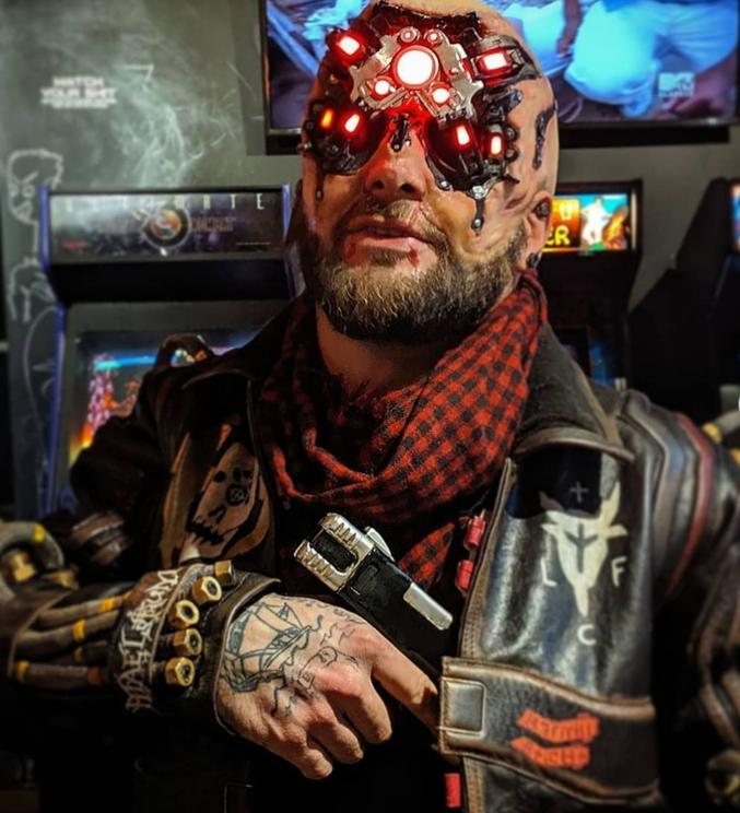 Mais ça en jette ! Cosplay de Cyberpunk 2077 par Merybeard (instagram)