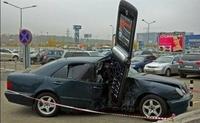 """On vous l'a dit cent fois : """"Pas de portable en voiture !"""""""