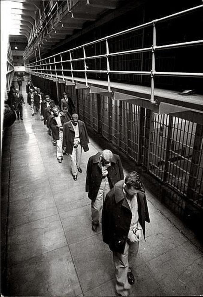 Les derniers détenus sont transférés.
