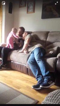 Jouer avec bébé