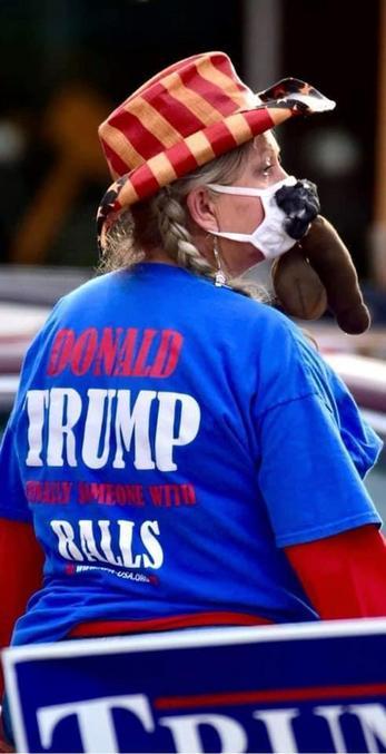 Donald Trump, Enfin quelqu'un avec des couilles  BLM de plus en plus reconnu parmi les conservateurs.. Eléphants et Hard-Core y a que ça de vrai !!