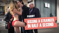 Embrasser une inconnue en une demi-seconde