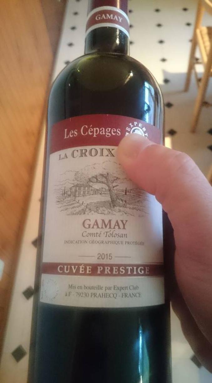 Le premier vin qui se conserve dans la douche plutôt qu'à la cave.