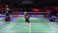 Echange au badminton