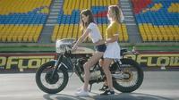 Départ à moto