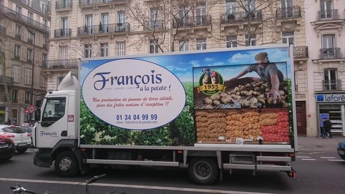 Malgré les révélations du Canard Enchaîné, il garde la patate !