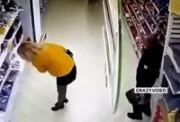 Pervers Pépère au supermarché