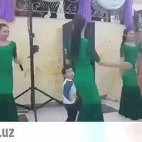 Quand ton fils monte sur scène