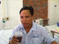 Man with rabies tries to drink a glass of Coke