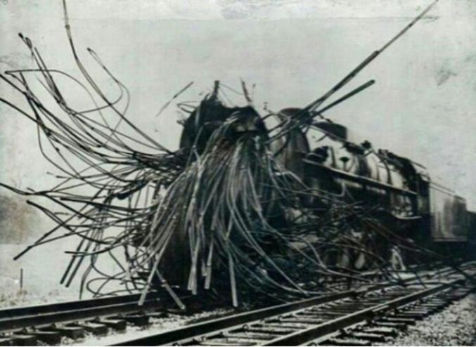 Une locomotive du XIXème siècle, une époque où les cheminots risquaient leur vie.