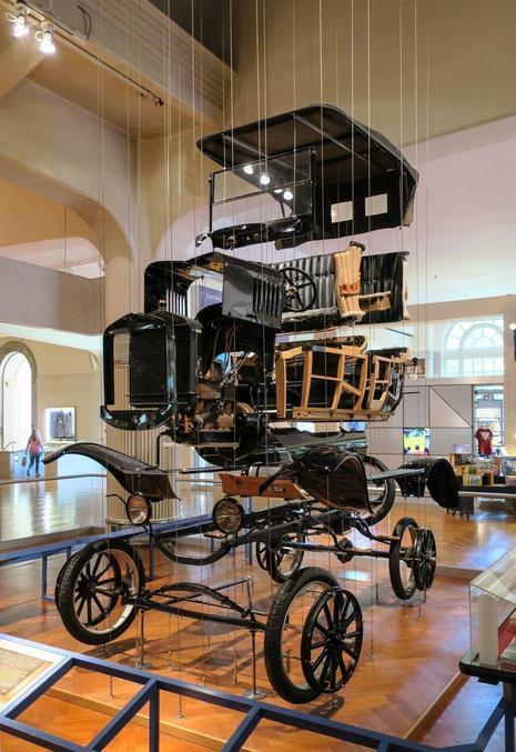 En vue éclatée, au musée Henry Ford.