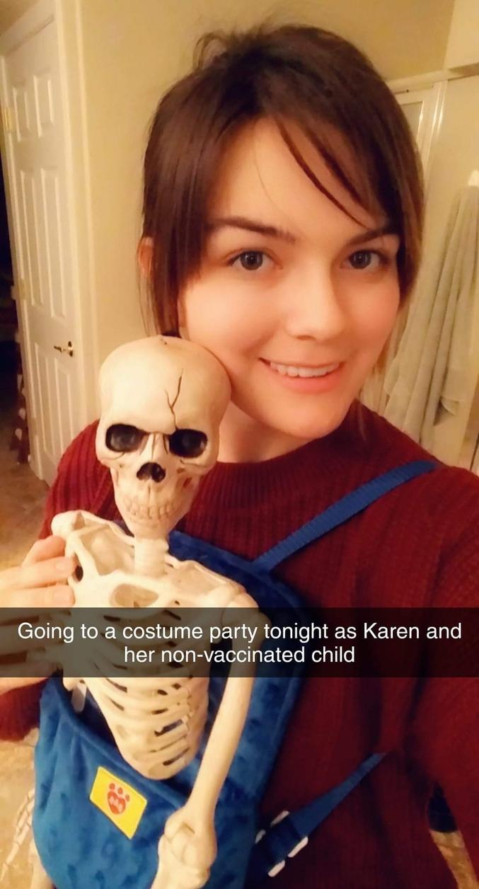 """""""Aller à une fête costumée comme Karen et son enfant non vacciné"""""""