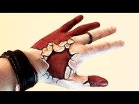 Je me suis accroché la main volontairement pour Halloween