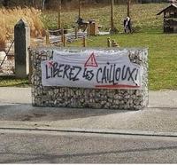 Front de libération des cailloux en cage