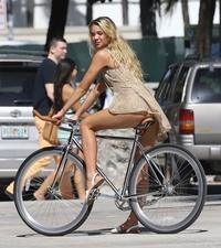 Enfin! On sait pourquoi Magnussoren aime restaurer les vélos.