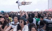 S'envoyer en l'air pendant un festival de musique