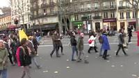 Les potes à Ced arrache un drapeau français