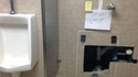 Urinoir minimaliste
