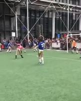 Une joyeuse partie de football