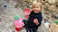 Un lombrik apporte des oeufs de Pacques à ma fille !