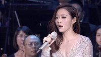 Jane Zhang - The Diva Dance (the Fifth Element)