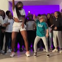 Synchro tribal dance