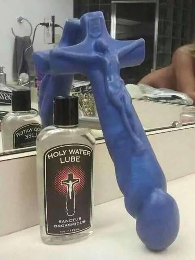 on a retrouvé le crucifix de soeur marie thérèse.