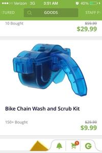 Une machine à nettoyer sa chaîne de vélo
