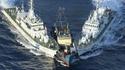 Arraisonnement d'un bâtiment chinois par deux gardes-côtes japonais