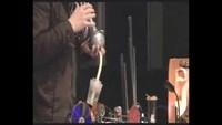 Musique, meccanos et trompette a bulle