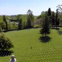 Le sergent Jason covey au cimetiere national Culpeper pour le Mémorial Day