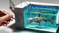 Sculpture : requin zombie dans une piscine, fait en pâte polymère et résine époxy