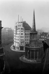 Le 1er immeuble de la BBC à Londres (construit en 1932)