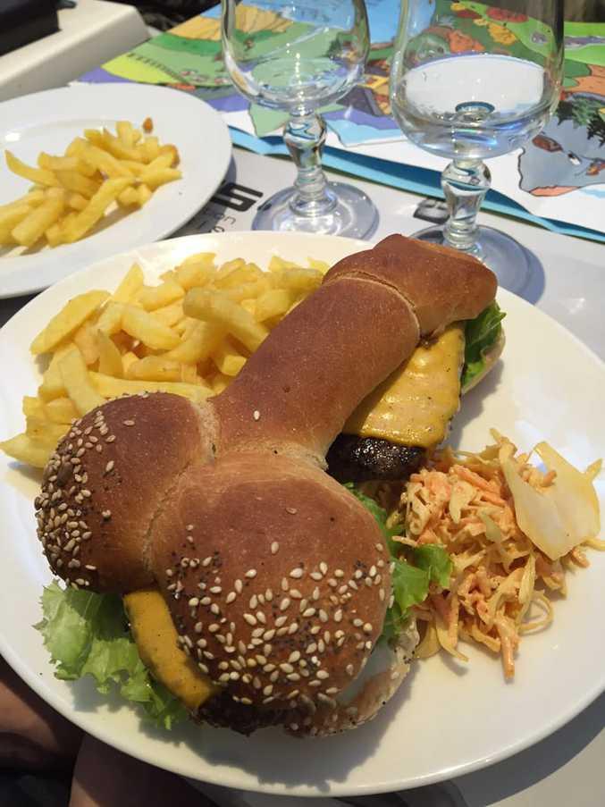 Trouvé sur Yelp (Tata Burger) :)
